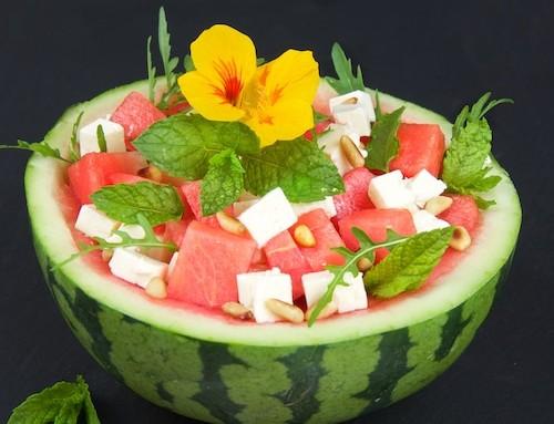 Fruchtig-pikanter Melonen-Feta-Salat