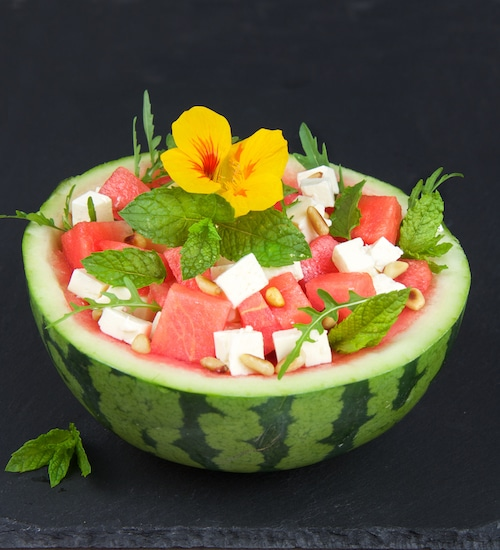 gesunde-salate-fruchtig-pikanter-melonen-feta-salat